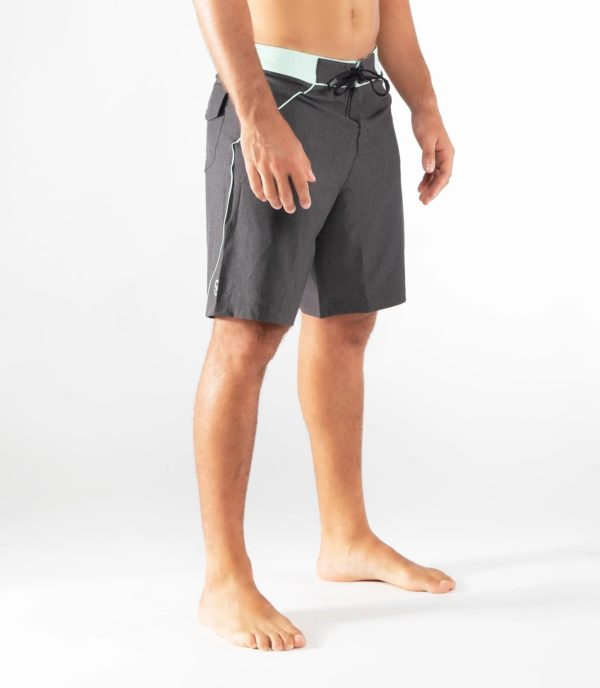 Moške-kratke-hlače-elegantne-virus-st12-1